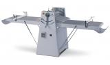 Dito Sama Band-Teigausrollmaschine für Bodenaufstellung mit hochklappbaren Arbeitsflächen
